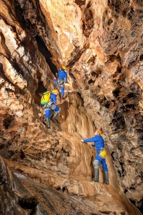 Espeleología Cueva los chorros